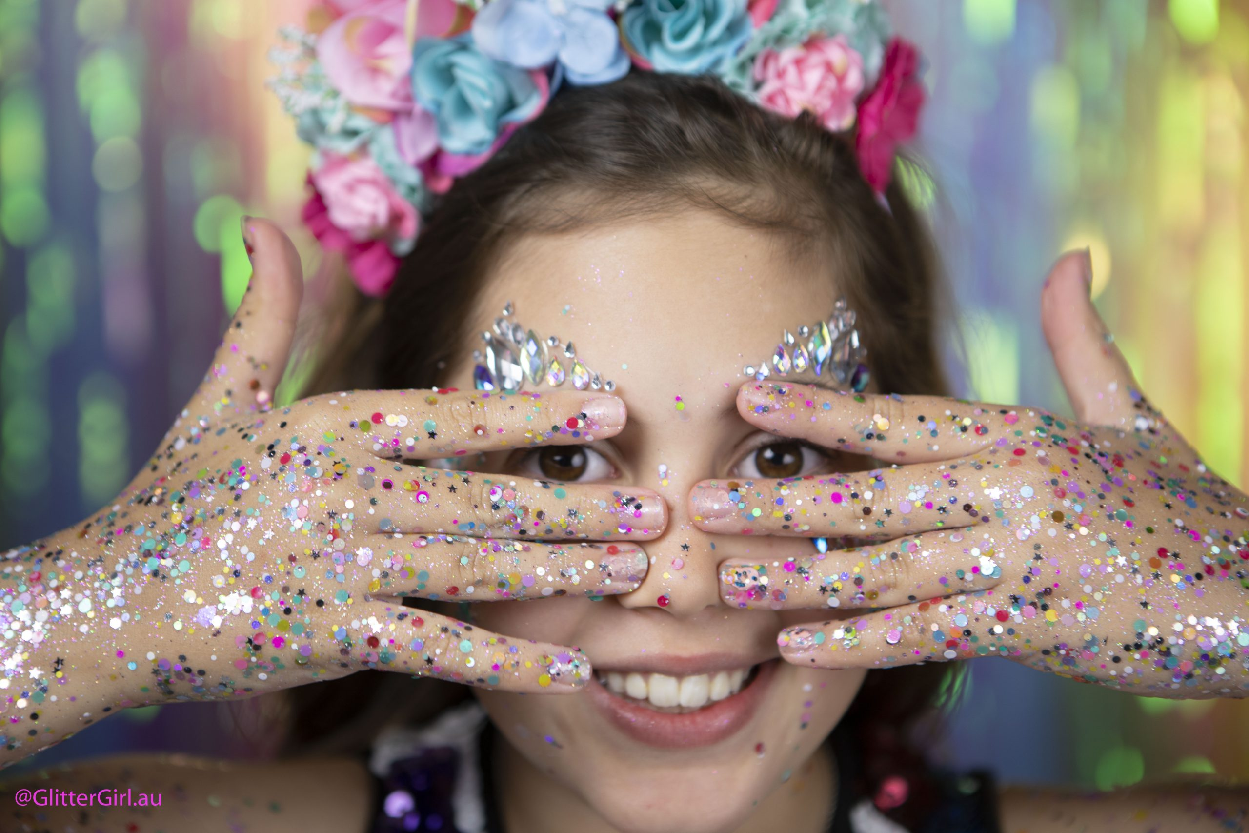 Creative Ways to Wear Glitter Makeup