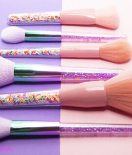 Flat Lay Brushes